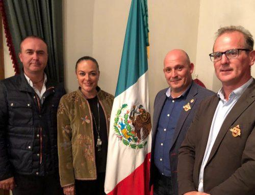 Representantes del ayuntamiento de Santillana del Mar visitan la localidad mexicana de San Miguel de Allende.