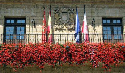 El ayuntamiento de Santillana compensará la reducción del horario lectivo